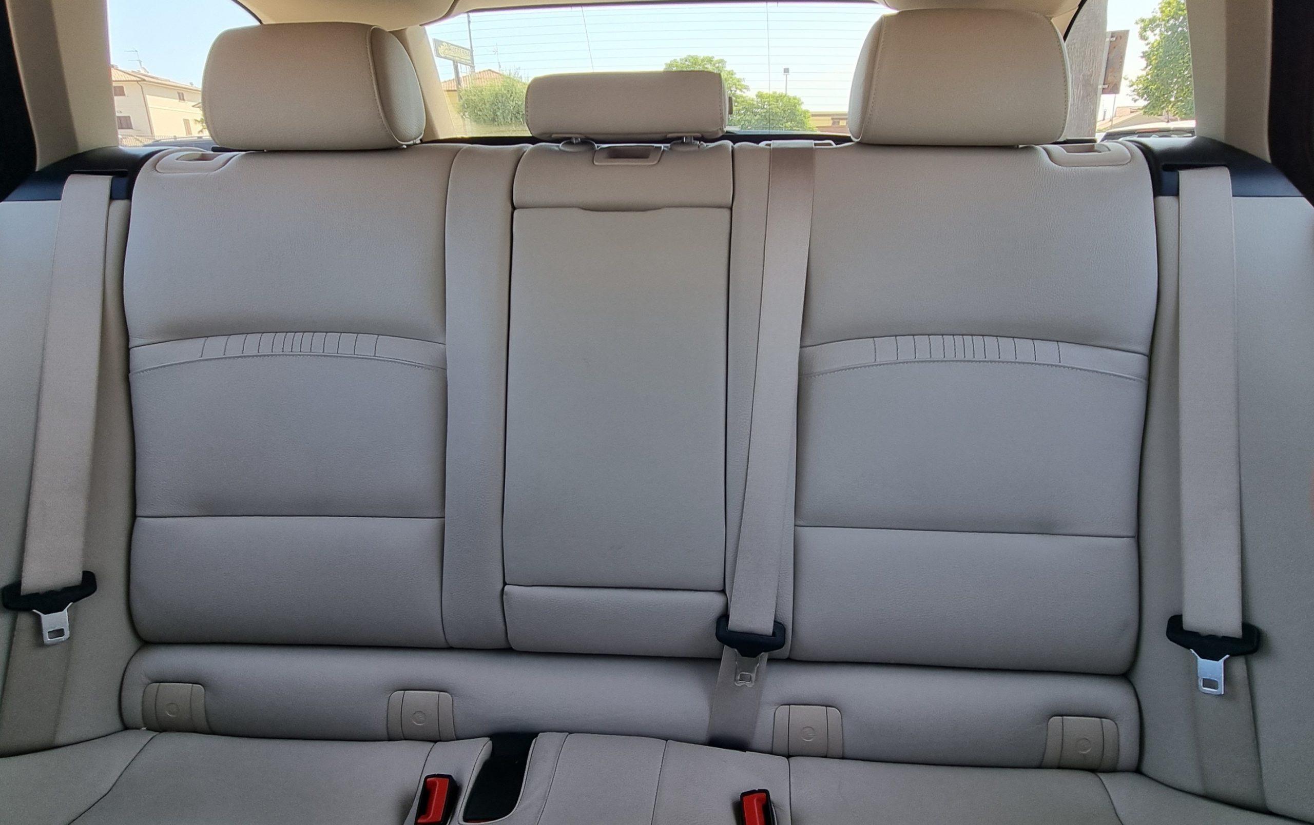 BMW 520D Touring XDRIVE LUXURY